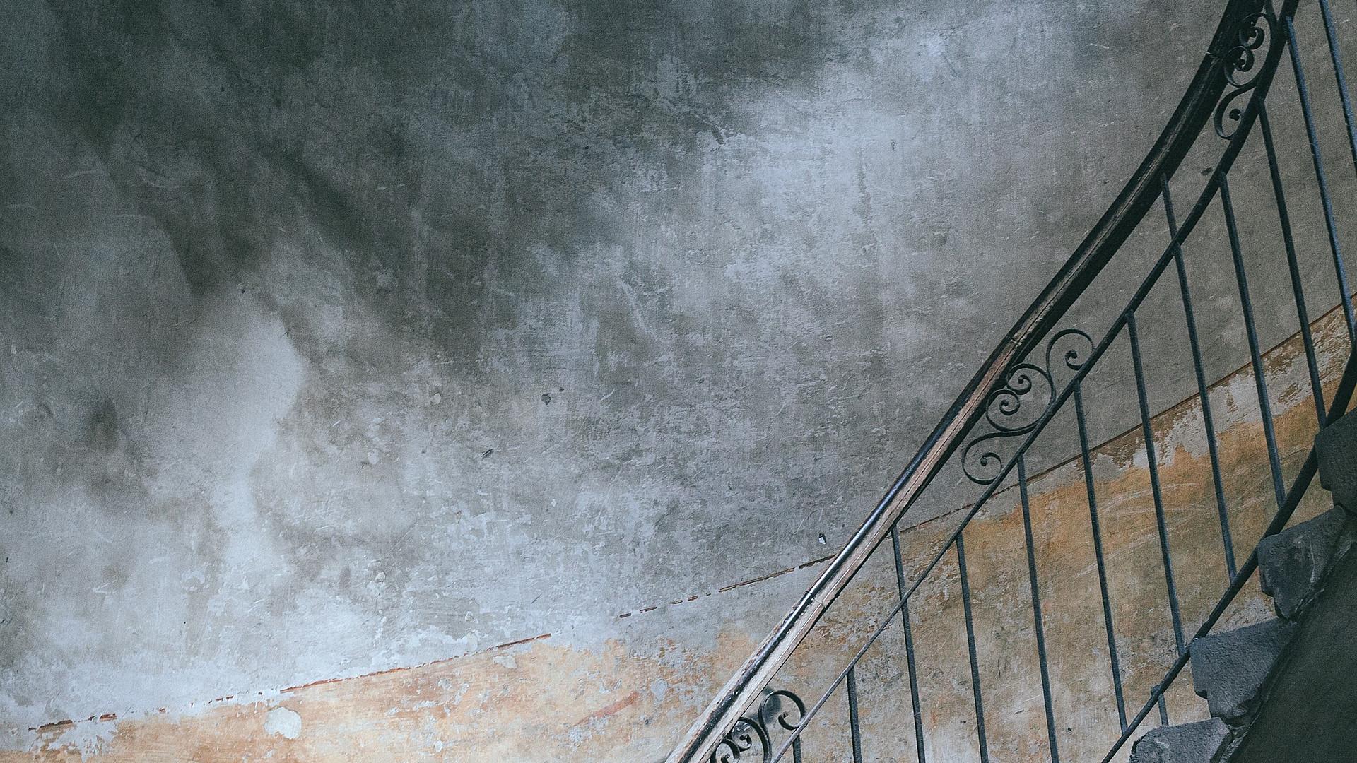 Un monte-escalier est souvent nécessaire si vous avez de l'arthrose