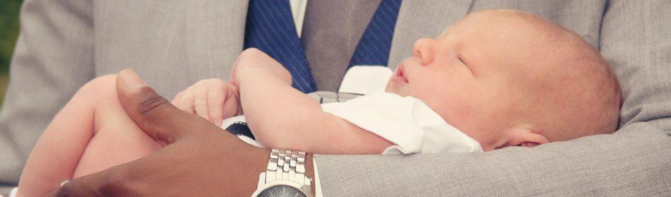 Choisir une médaille pour le futur baptême de votre enfant