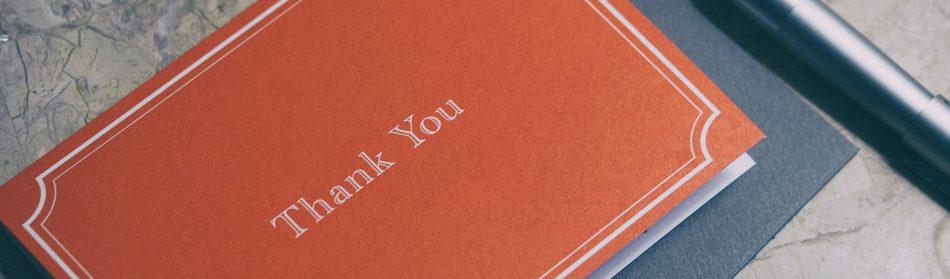 La carte postale : le geste simple pour faire plaisir à vos proches