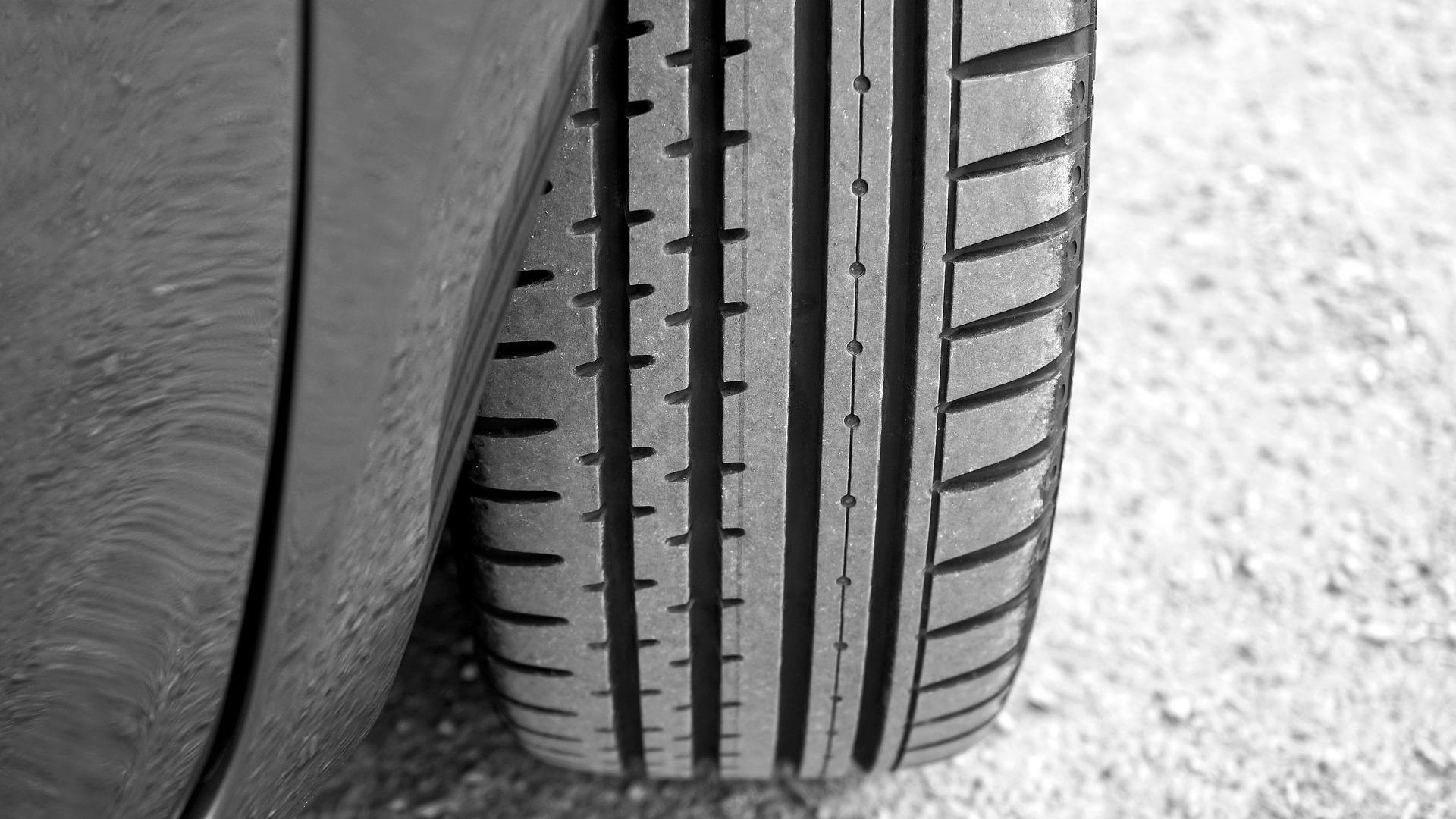 Comment bien choisir ses pneus tout au long de l'année ?