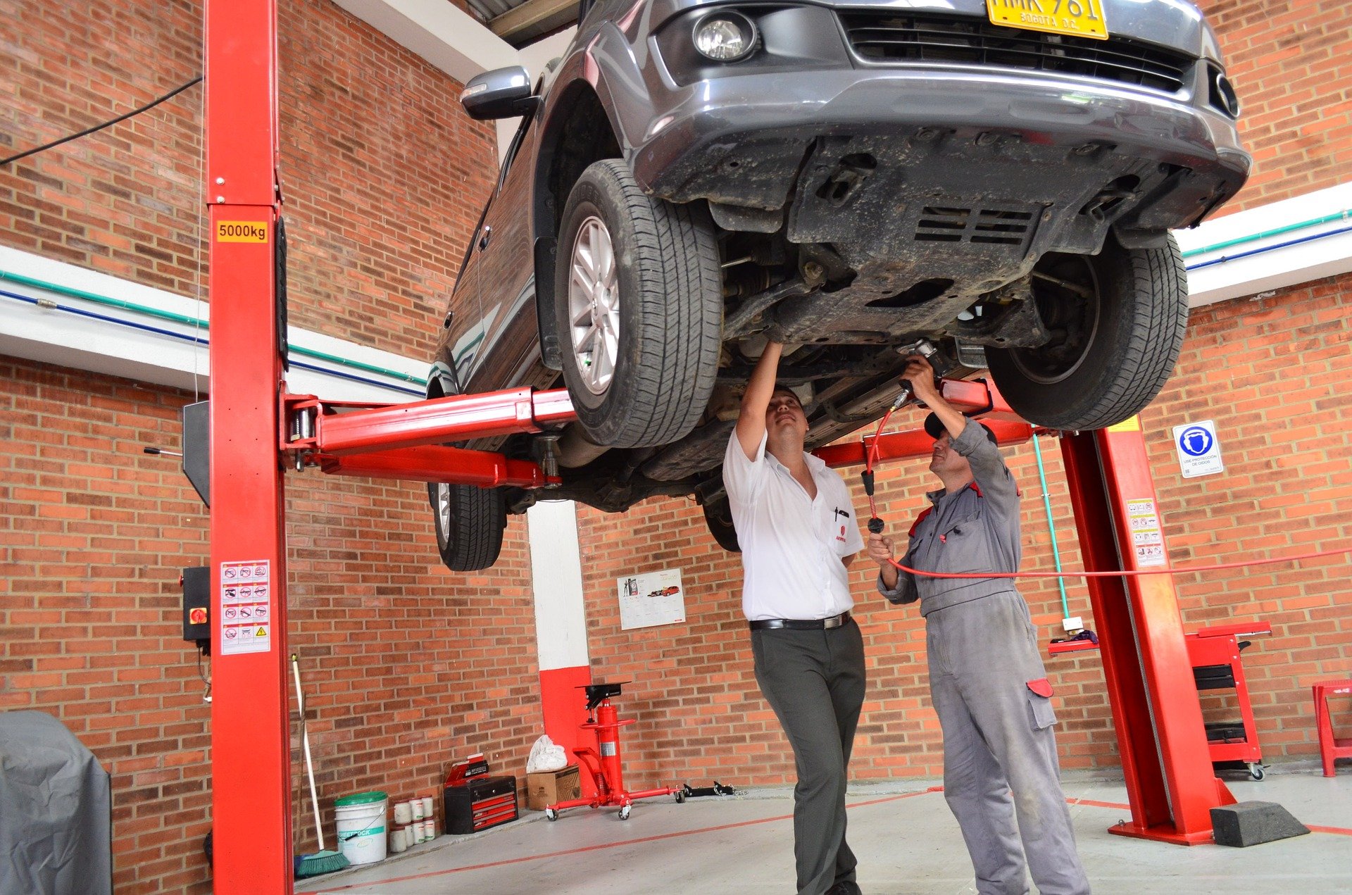 Comment éviter les arnaques chez un garagiste?