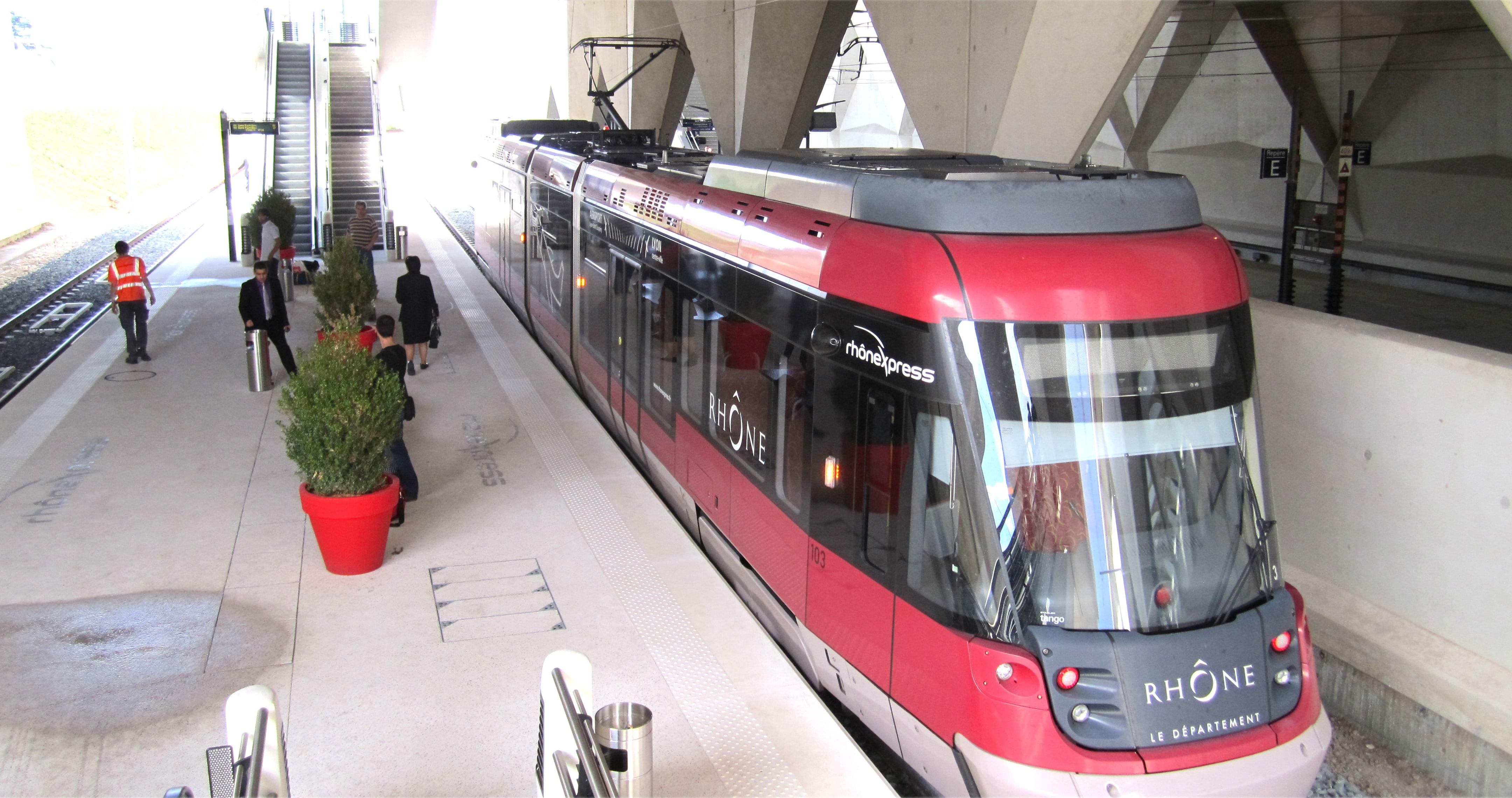 Rhônexpress révolutionne les transports lyonnais
