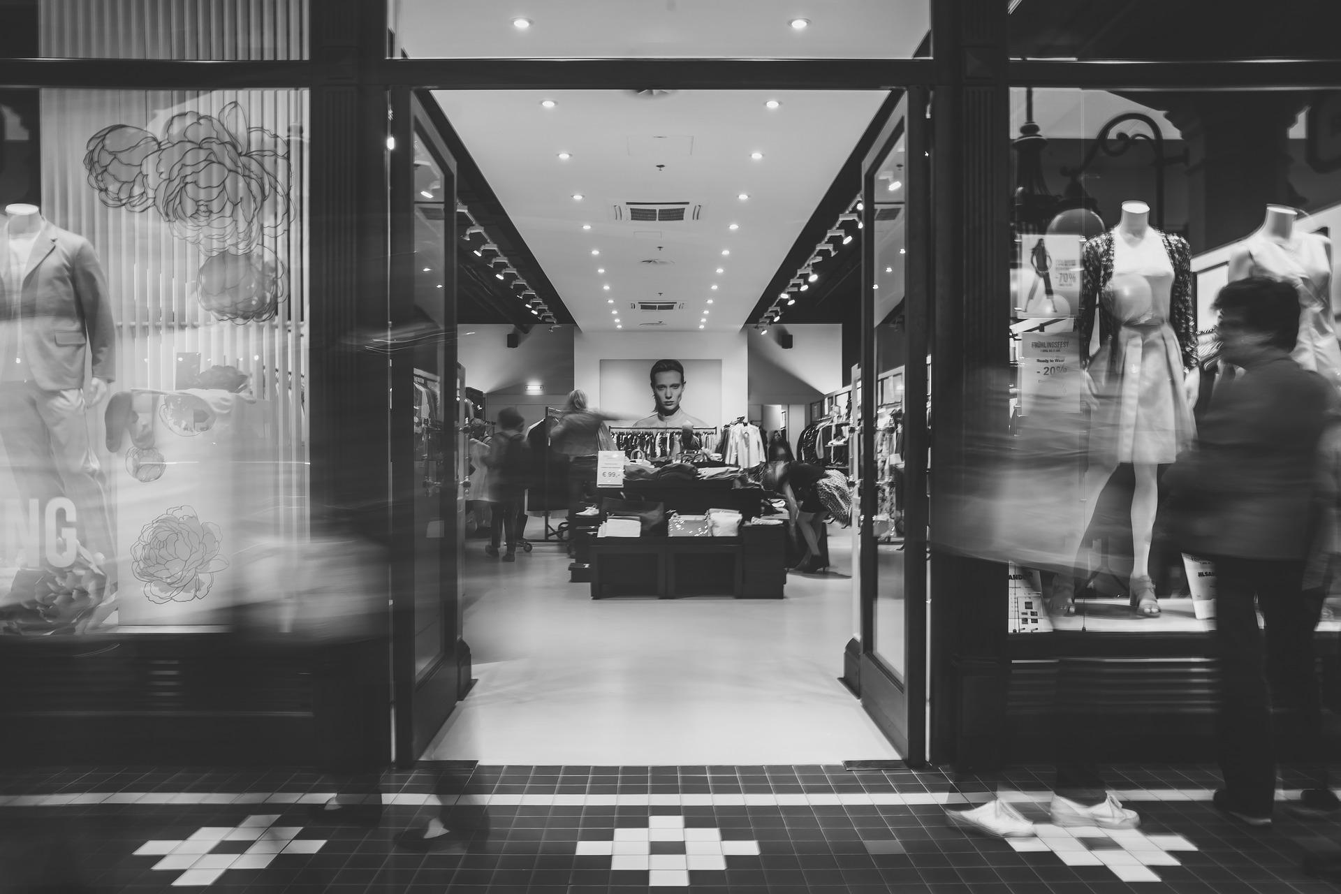 Les différents types d'antivols pour les magasins de textiles et chaussures