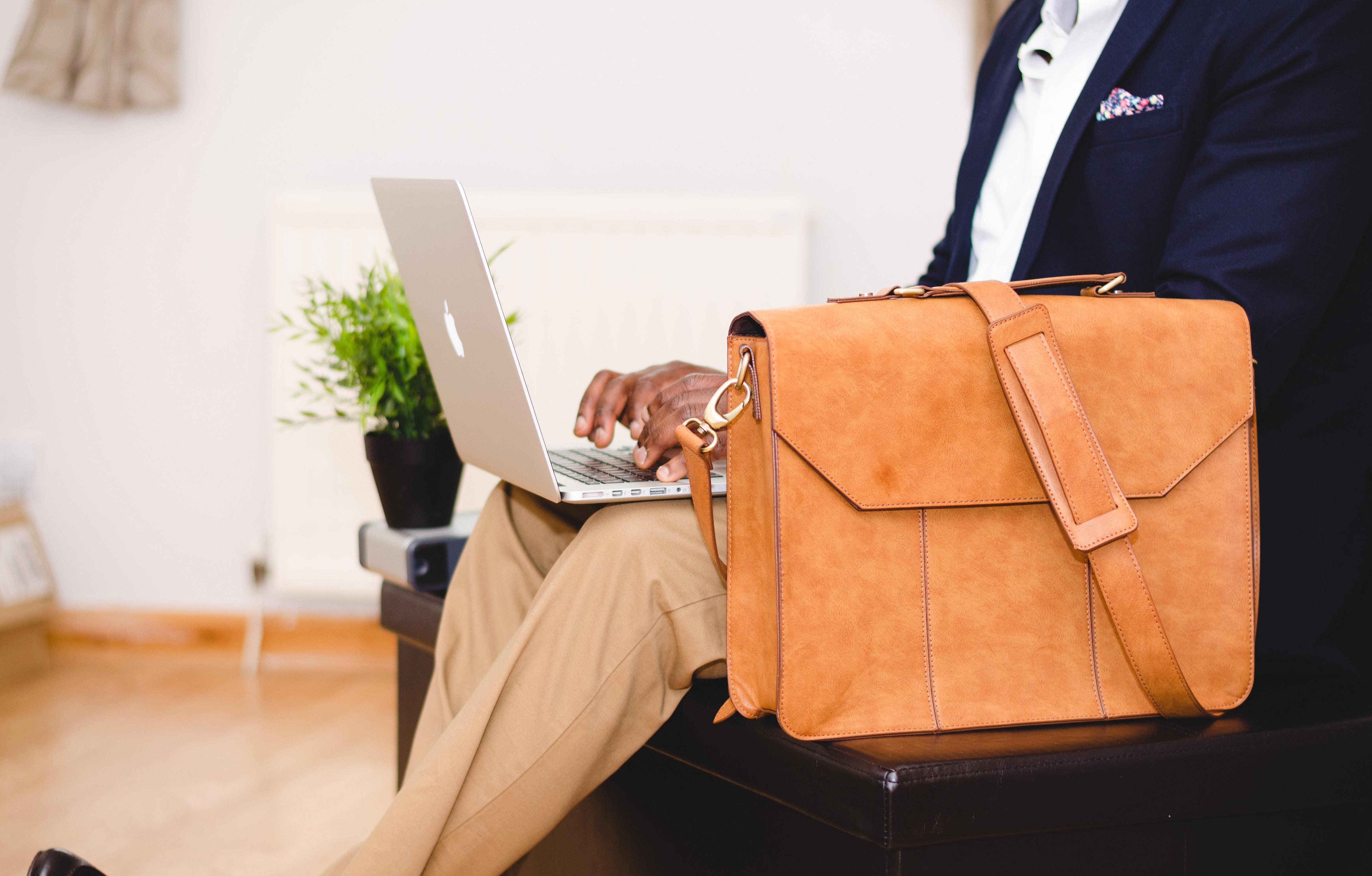 Pourquoi choisir un sac bandoulière eastpack plutôt qu'un sac à dos