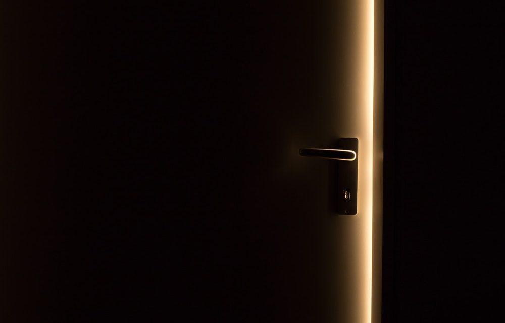 Porte fermée : comment l'ouvrir sans clé