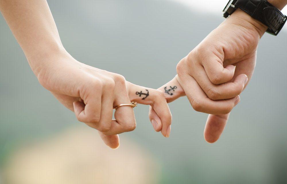 5 choses à savoir sur le tatouage sur le doigt