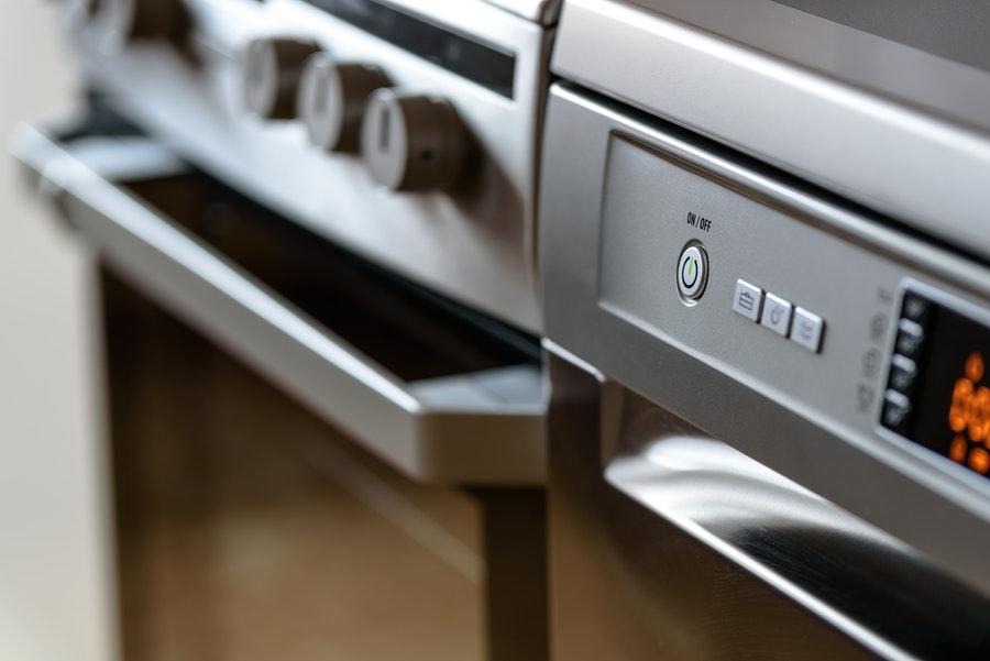 Comment entretenir votre lave-vaisselle ? Tous nos conseils et astuces !