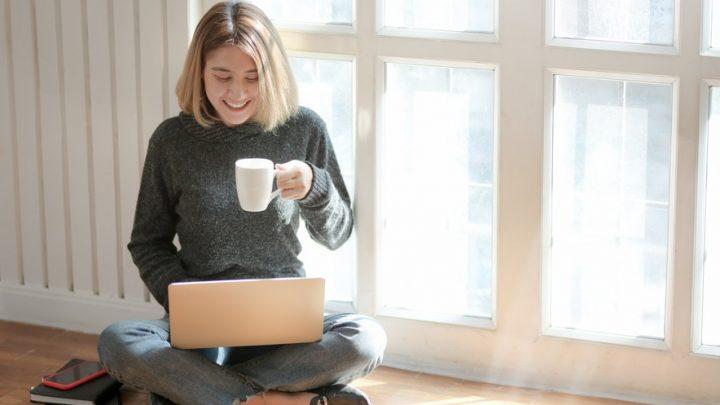 Les avantages et les inconvénients liés au cours en ligne