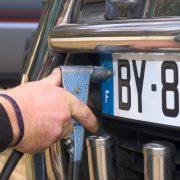 Comment obtenir une plaque d'immatriculation auto ?