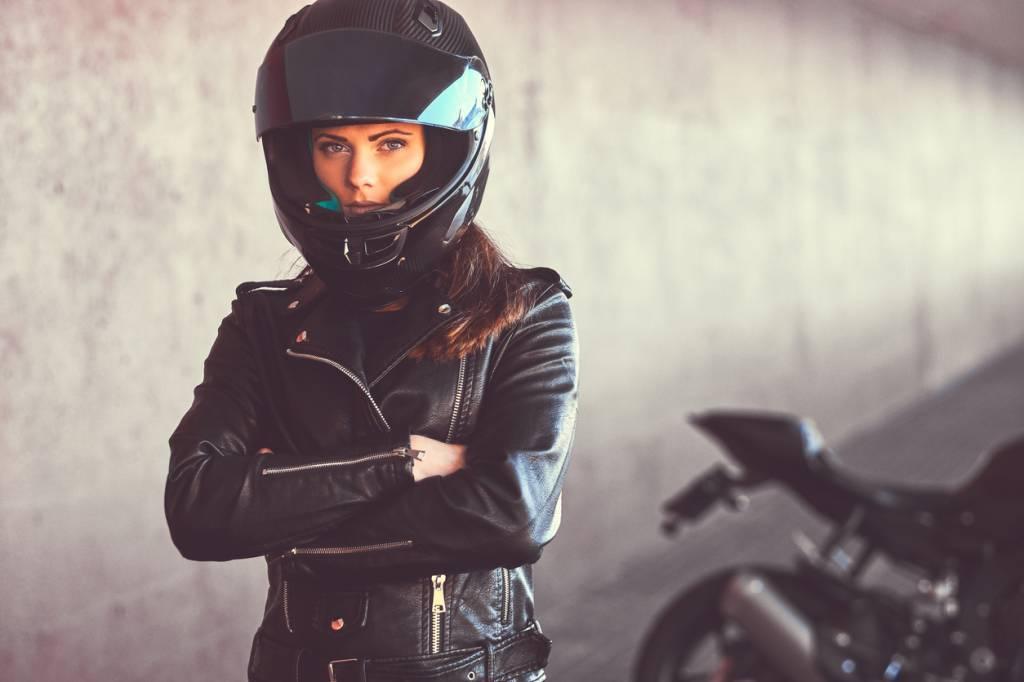 Motarde stylée blouson moto