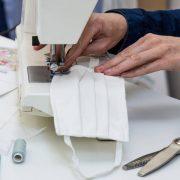 Confectionner des masques en tissus pour avoir un revenu supplémentaire
