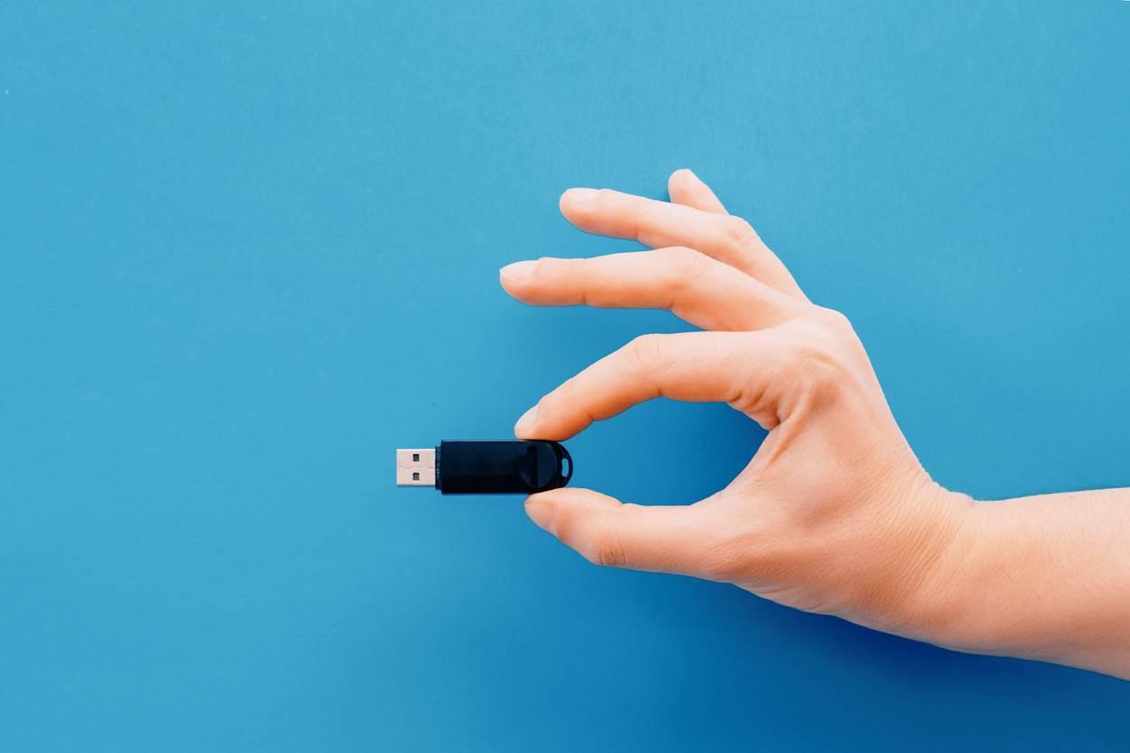 clé USB utilisation ordinateur informatique