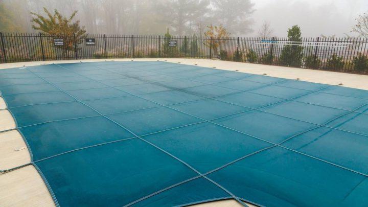 La bâche d'hivernage, votre alliée pour une piscine toujours au top !